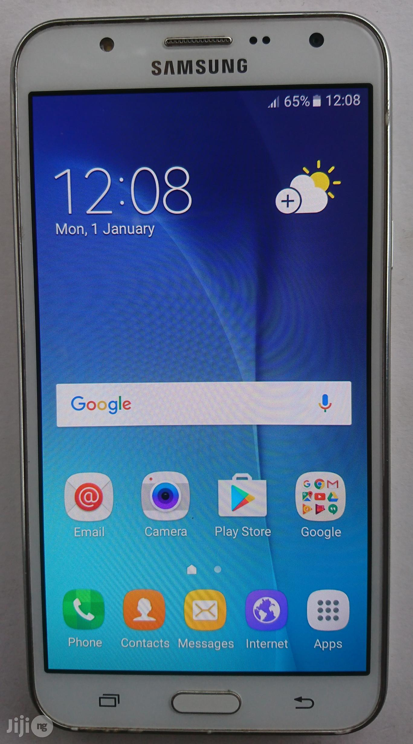 Samsung Galaxy J7 White 16 GB