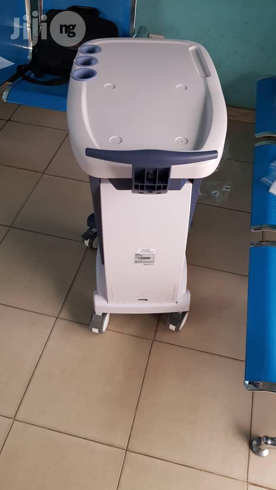 Mindray UMT 150 Trolley