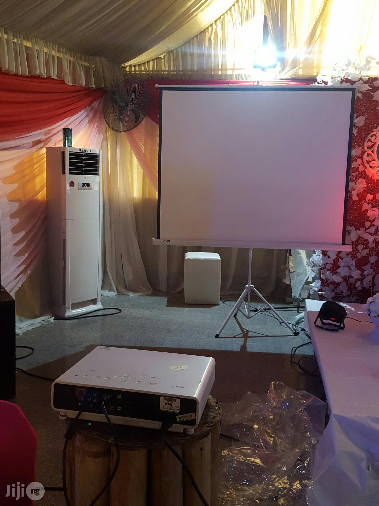 Projector For Birthday Slide