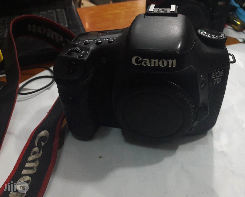 Canon EOS 7D Professional Video Camera