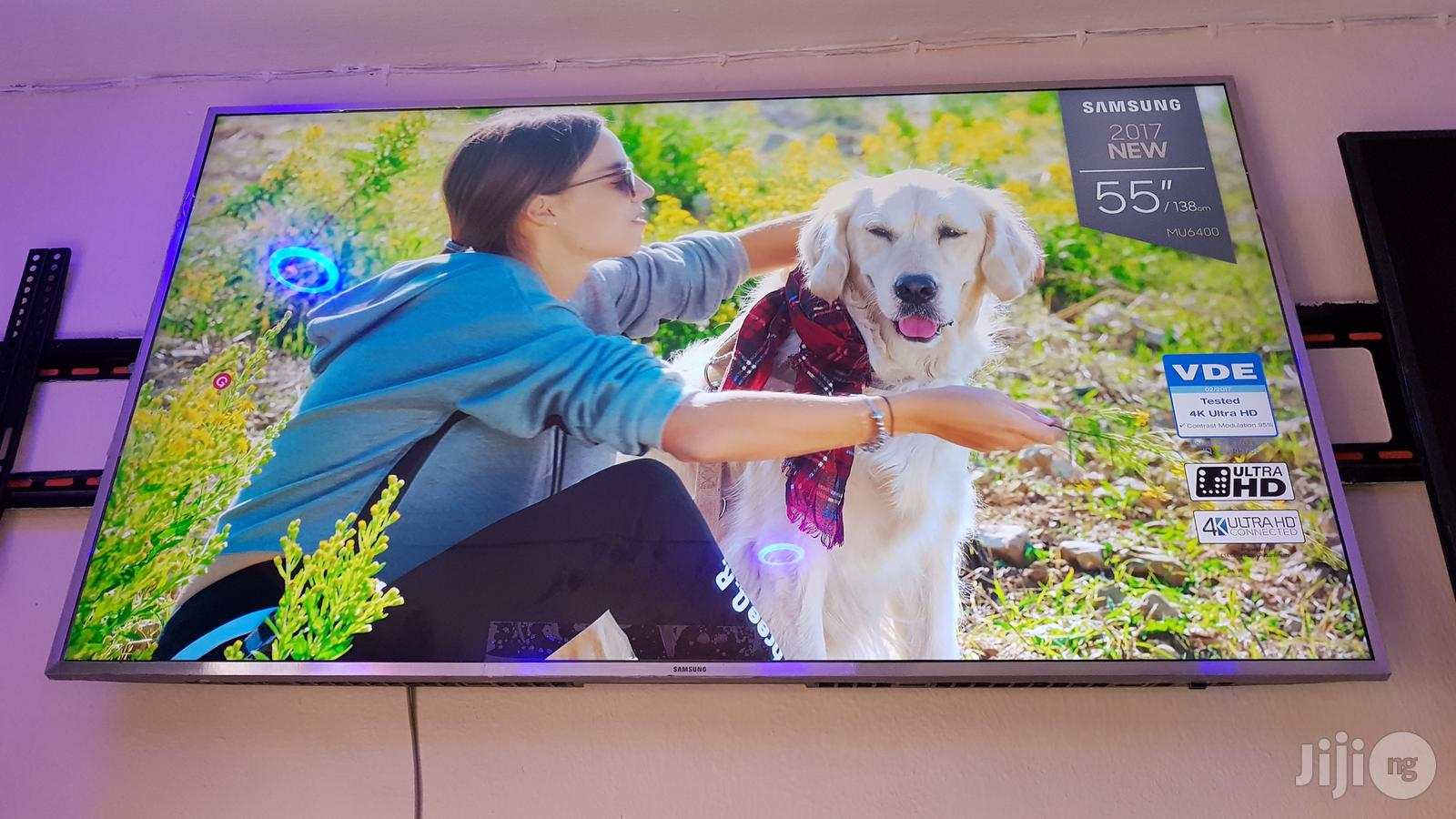 Clean Samsung 55 Inches Smart UHD 4K Led