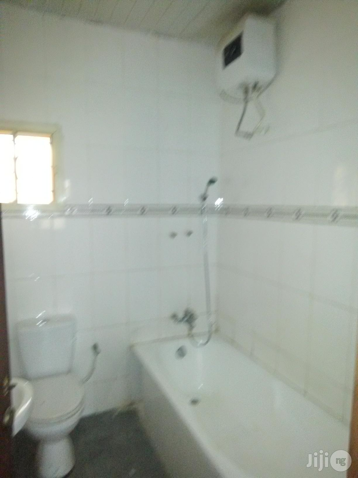 3 Bedroom Flat Is Out For Rent At United Estate Sangotedo Ajah, Lagos. | Houses & Apartments For Rent for sale in Ajah, Lagos State, Nigeria