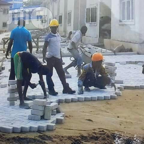 Free Fixing Of Interlocking Paving Stones