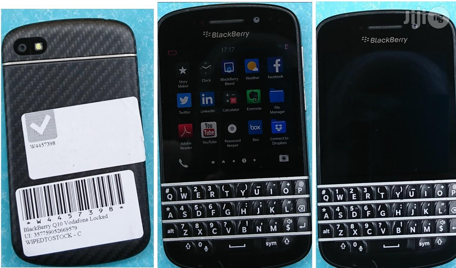 BlackBerry Q10 16 GB Black | Mobile Phones for sale in Lagos State, Nigeria