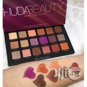 Original Hudabeauty Desert Dust Pallet Eyeshadow | Makeup for sale in Lagos State, Amuwo-Odofin