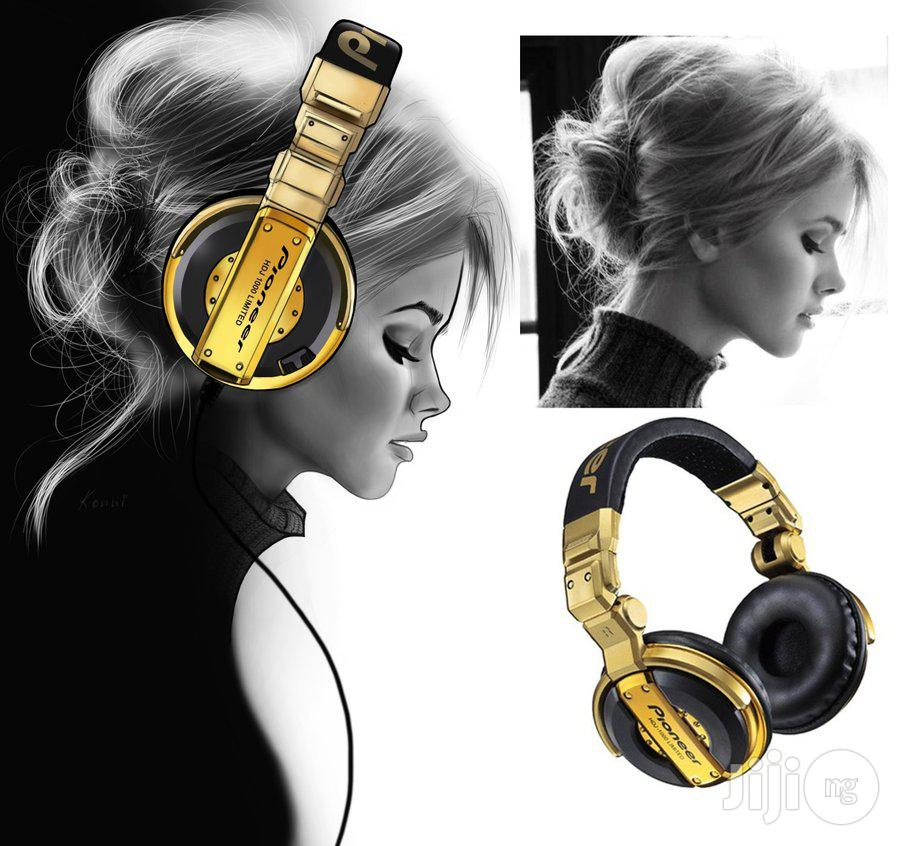Pioneer DJ Professional Headphone For Clearer Beats/Sounds | Headphones for sale in Ikeja, Lagos State, Nigeria