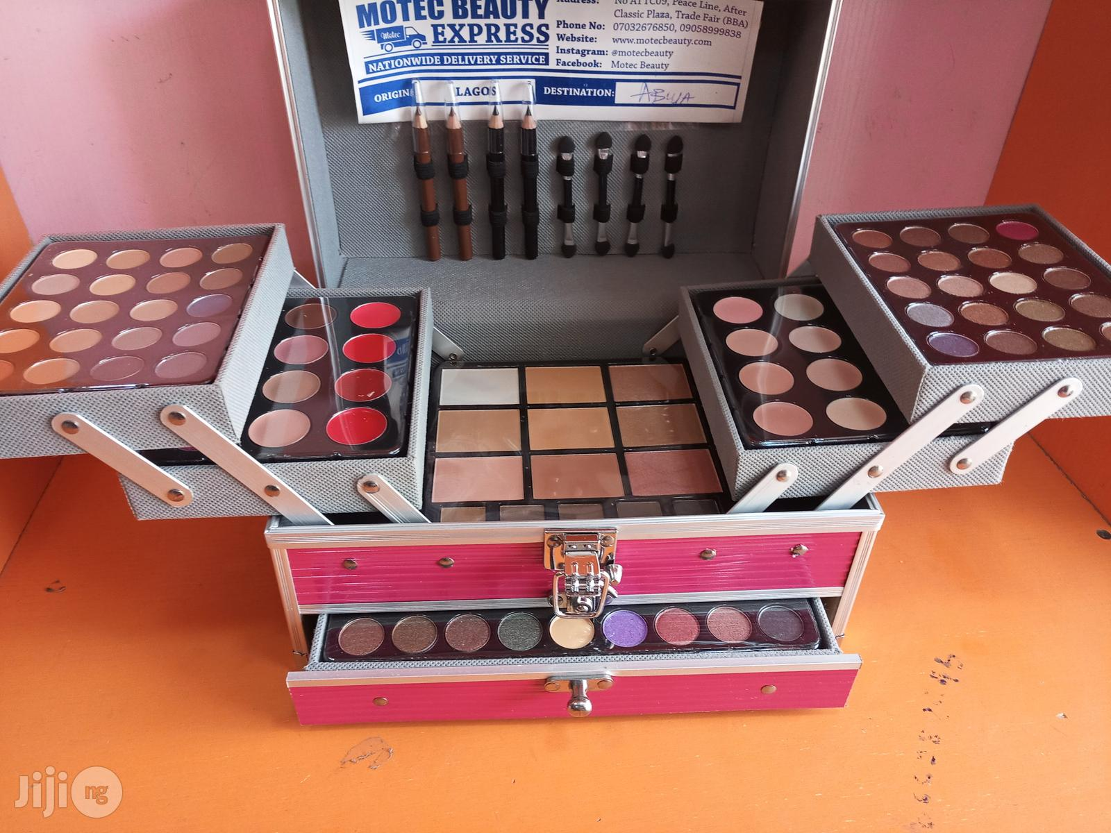 Makeup Kit Promo\Set | Makeup for sale in Amuwo-Odofin, Lagos State, Nigeria