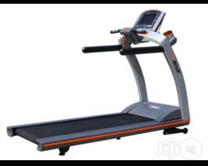 Quality Treadmill With TV and Wifi