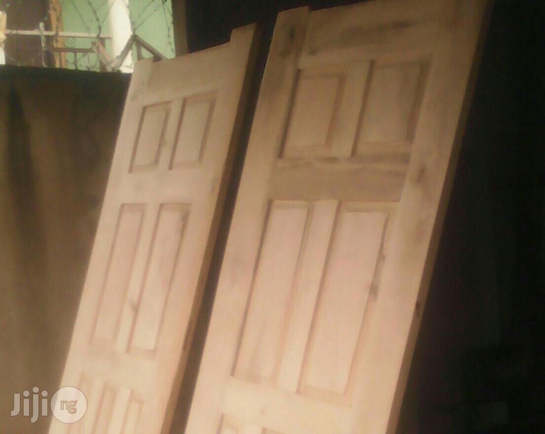 New Quality Wooden Panel Door For Sale