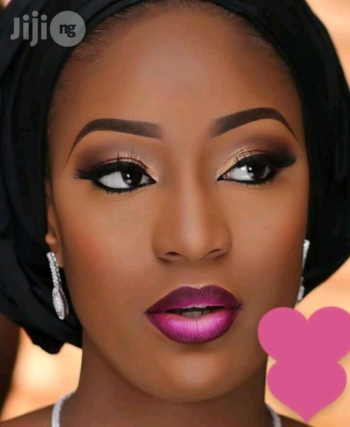 Contact Us for Your Makeup Artist. We Make You Love You and Beautiful