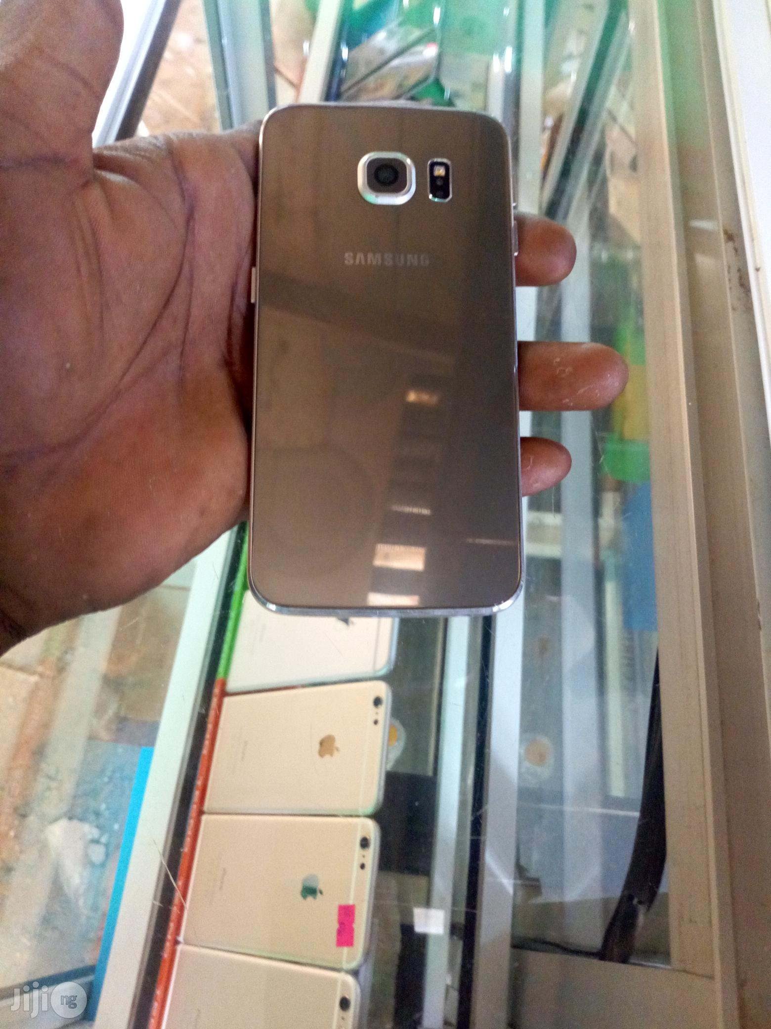 Samsung Galaxy S6 edge 32 GB Gold | Mobile Phones for sale in Wuse, Abuja (FCT) State, Nigeria