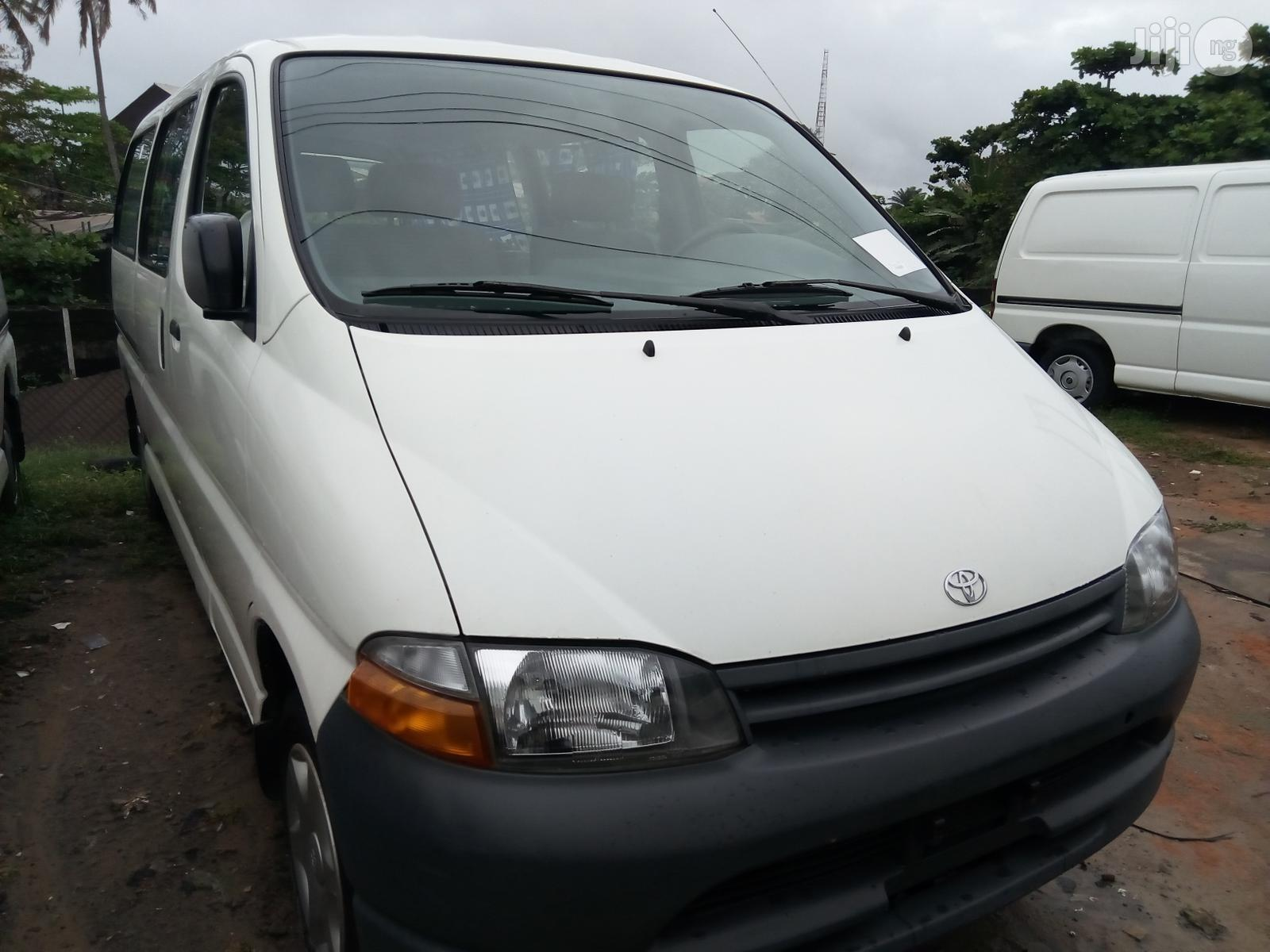 Tokunbo Toyota Hiace 2003 White | Buses & Microbuses for sale in Apapa, Lagos State, Nigeria