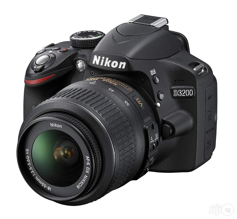 London Used Nikon D3200
