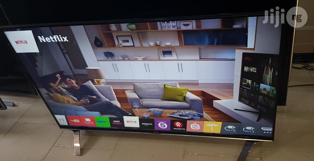 LG Smart Webo's 3D Borderless 3D Full HD LED TV 55 Inches