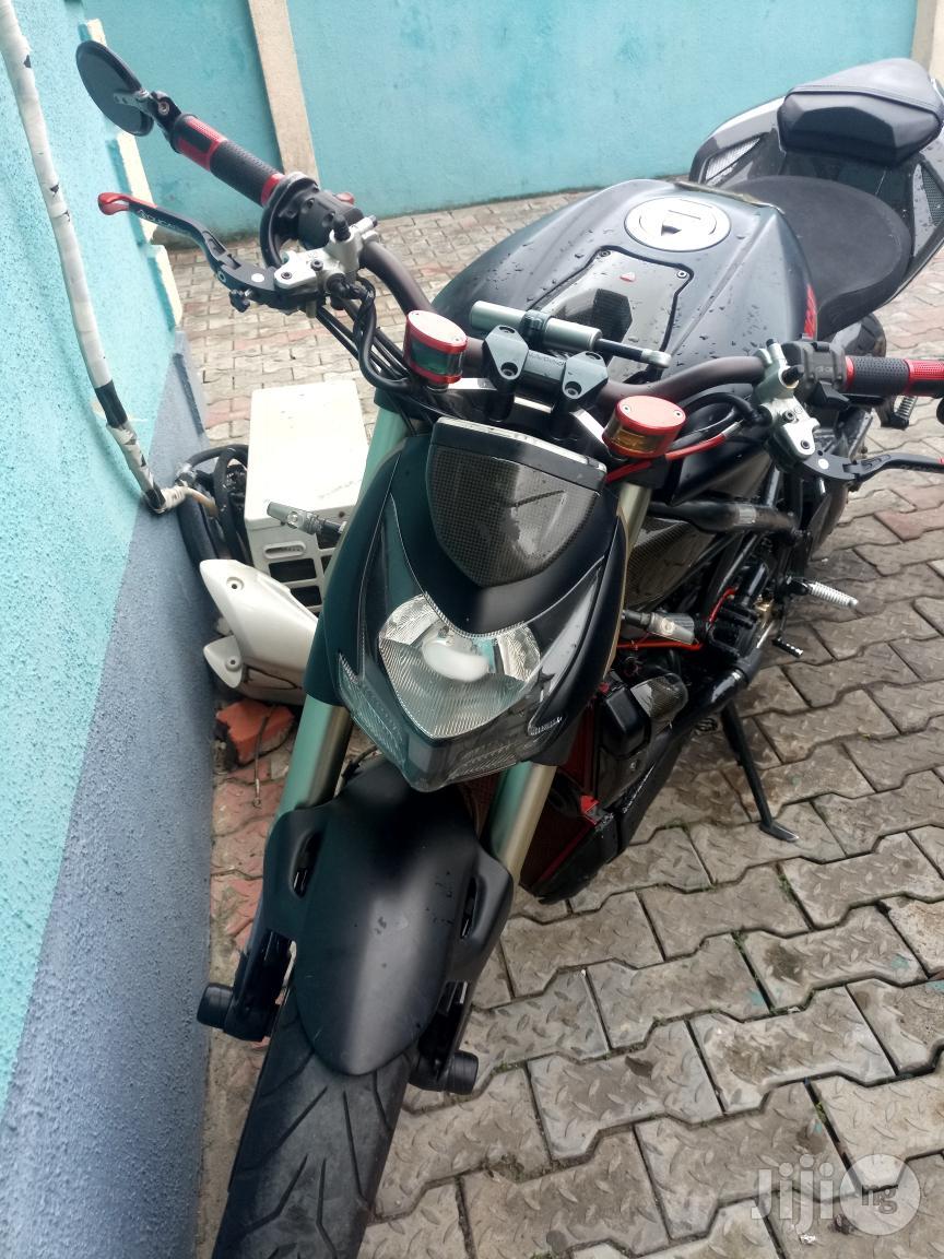 Pimped Ducati Street Fighter
