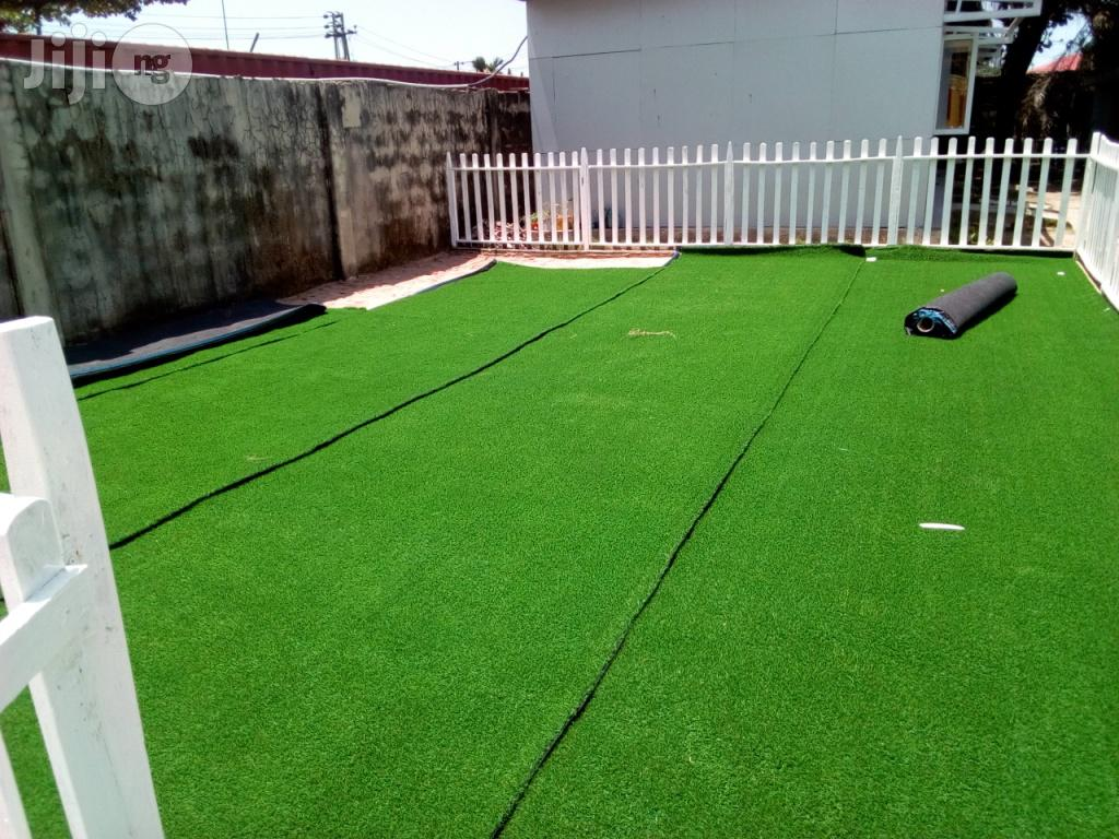 Syntethic Atificial Grass In Nigeria | Garden for sale in Ikeja, Lagos State, Nigeria