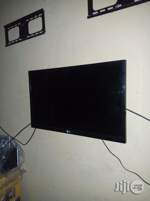 LG LED TV 32 Inchs | TV & DVD Equipment for sale in Edo State, Benin City