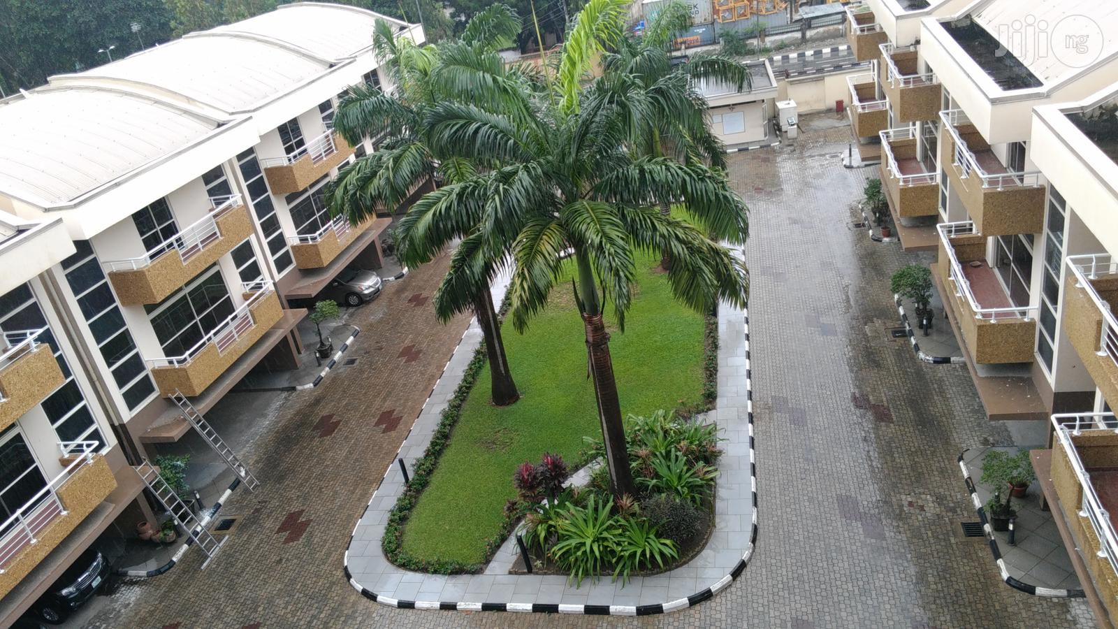 4 Bedroom Town House Apartment - In Ikoyi for Lease/Sale | Houses & Apartments For Rent for sale in Ikoyi, Lagos State, Nigeria