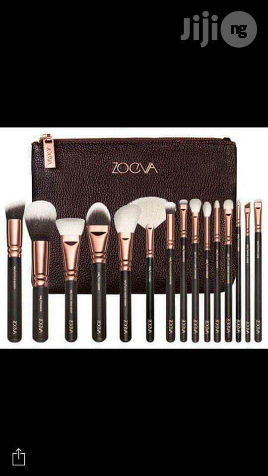 Zoeva Make Up Brush