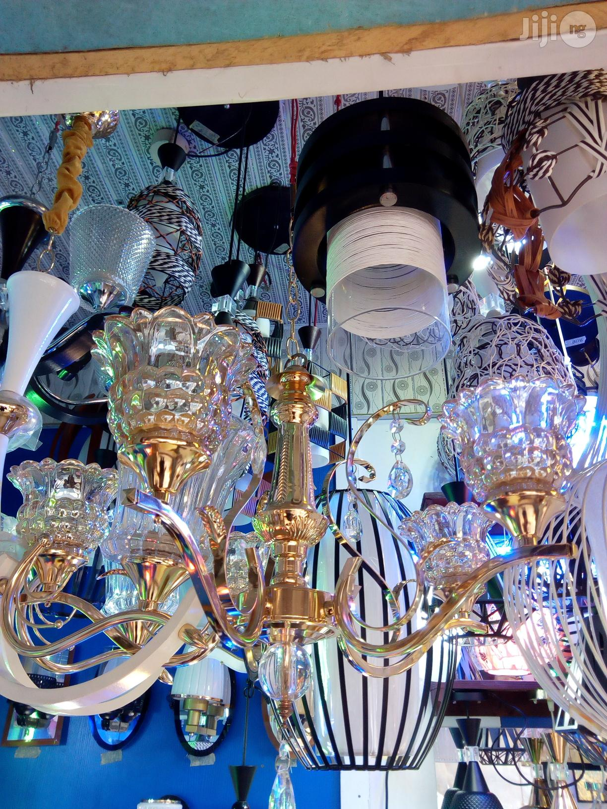 Archive: Quality Chandelier Light