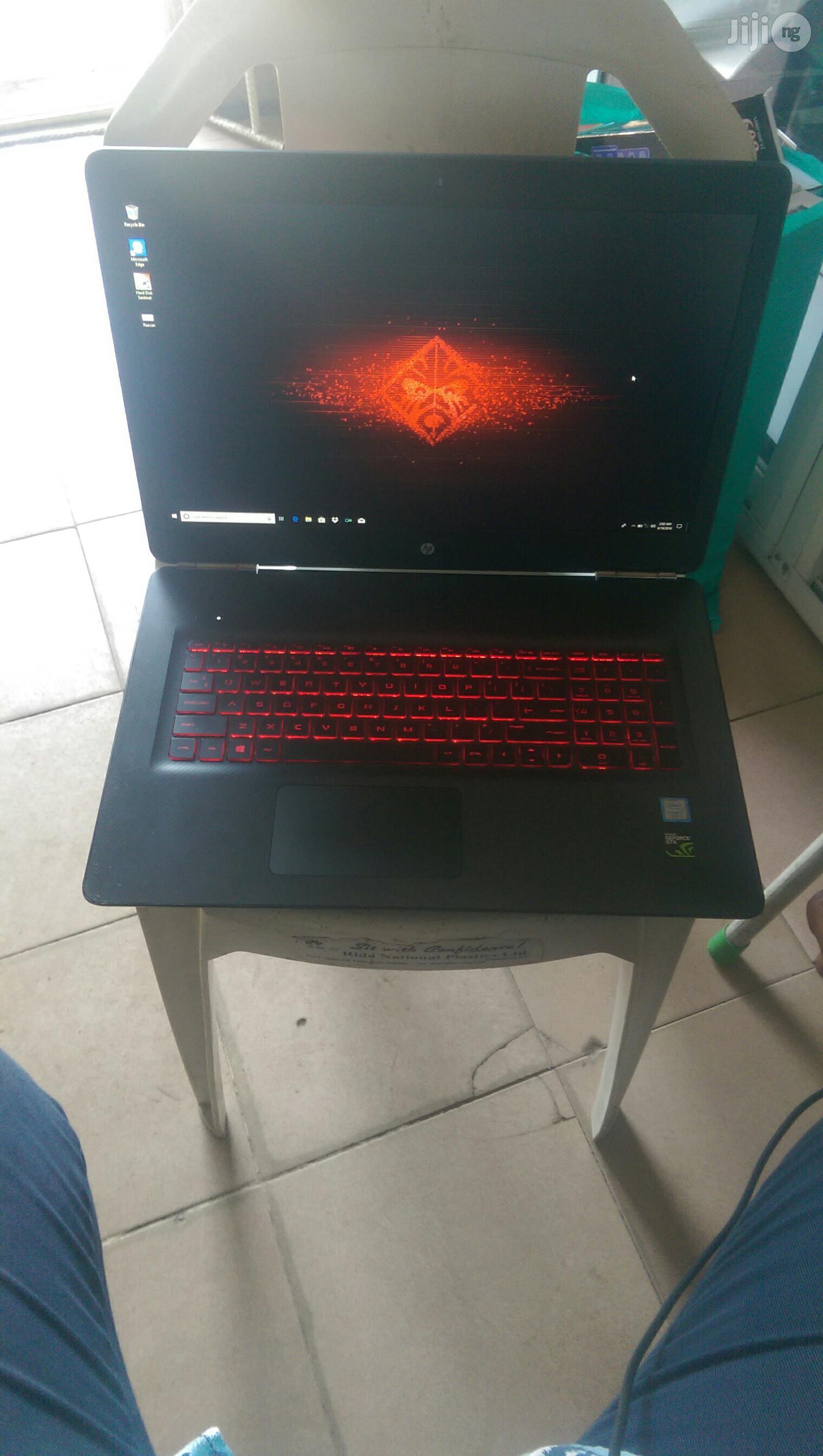 Laptop HP Omen 17 16GB Intel Core i7 SSHD (Hybrid) 1T
