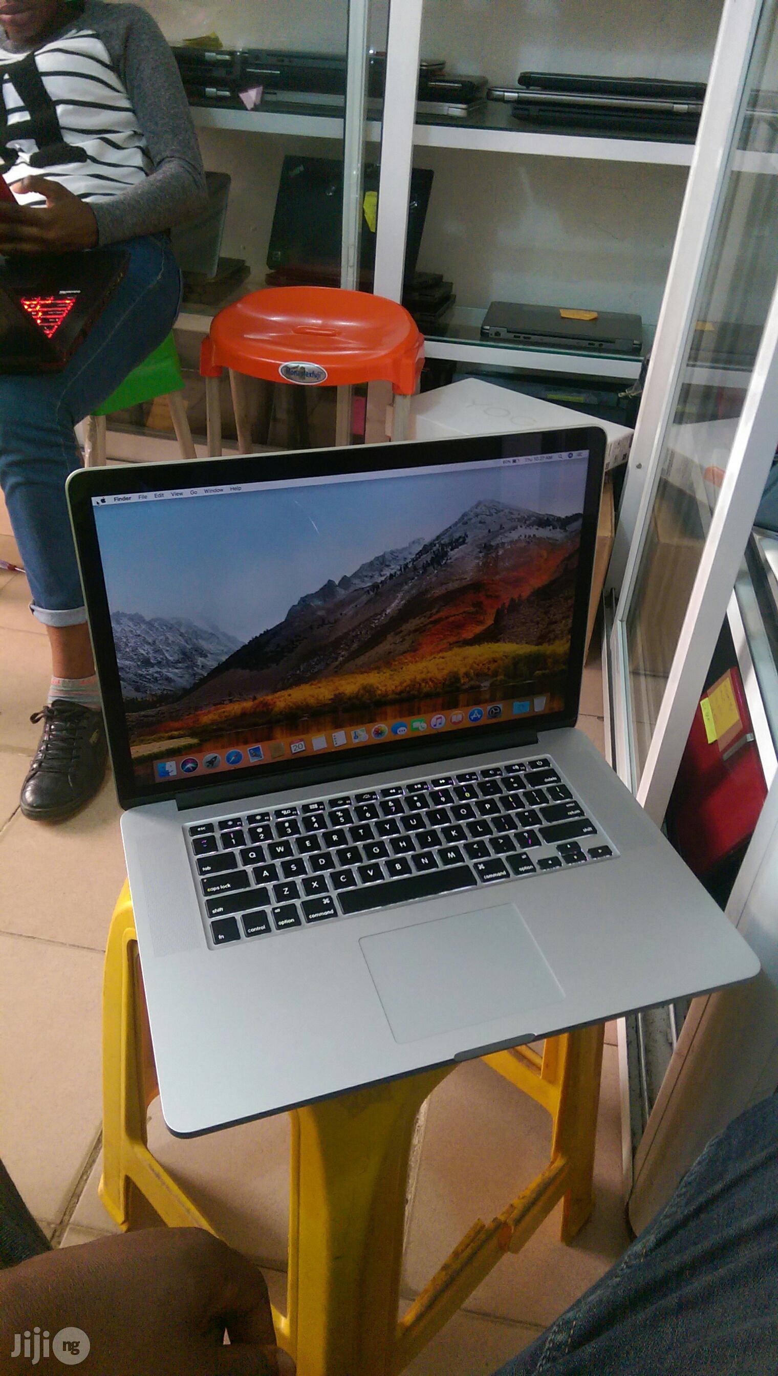 Laptop Apple MacBook Pro 16GB Intel Core i7 SSD 500GB