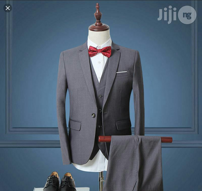 Archive: Mens Fitted Suit