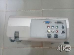 Hp Projector   TV & DVD Equipment for sale in Lagos State
