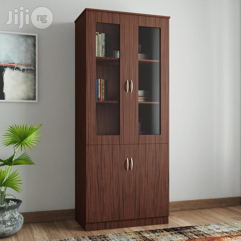 Kainji Cabinet With Transparent Plexi-glass Front - Large