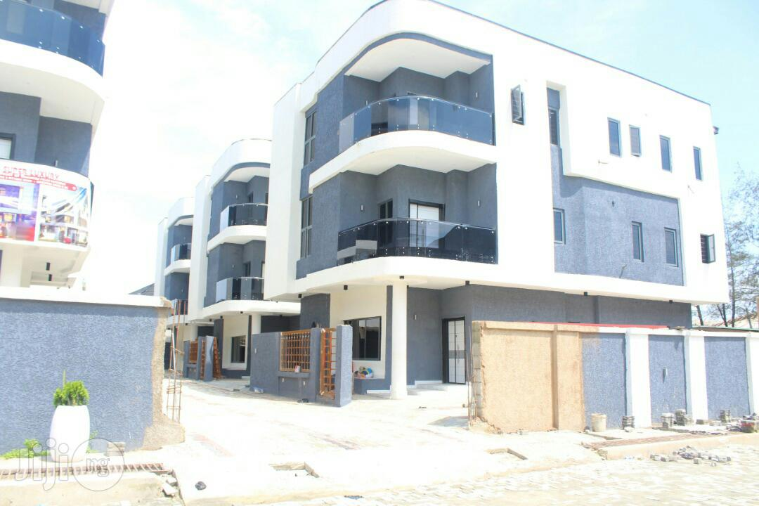 5 Bedroom Fully Detached Duplex With A Bq For Sale At Ikate Elegushi