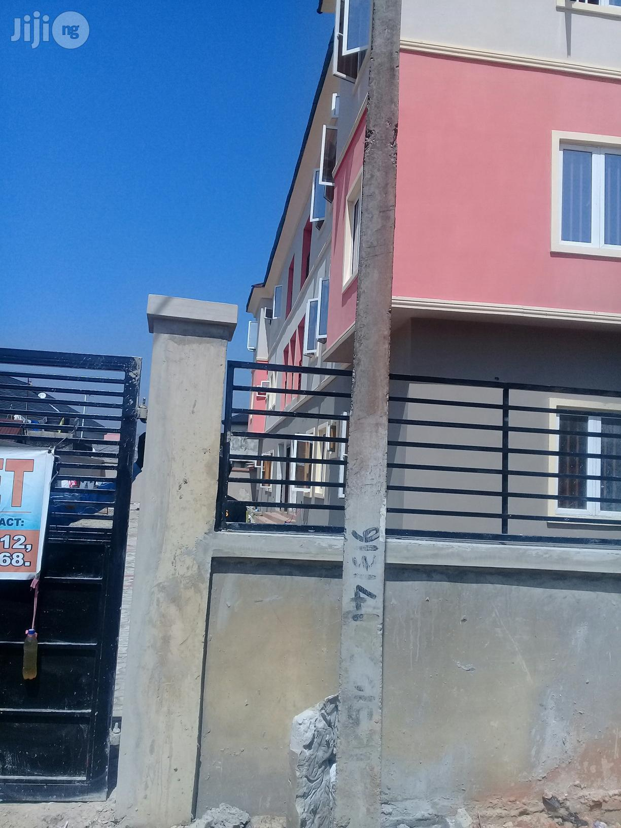 3 Bedroom Flat For Rent At Greenville Estate Badore Ajah | Houses & Apartments For Rent for sale in Ajah, Lagos State, Nigeria
