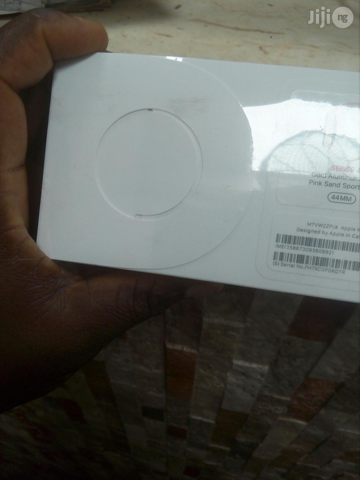 Apple Series 4 44mm GPS Cellular | Smart Watches & Trackers for sale in Ikeja, Lagos State, Nigeria