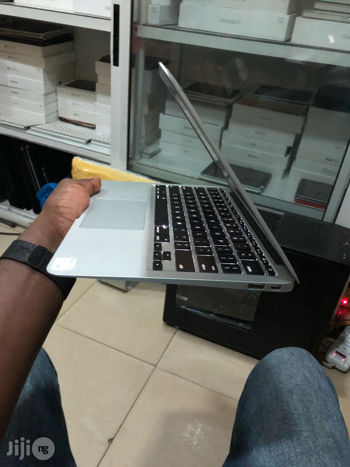 Laptop Apple MacBook Air 8GB Intel Core I5 SSD 256GB | Laptops & Computers for sale in Lekki, Lagos State, Nigeria