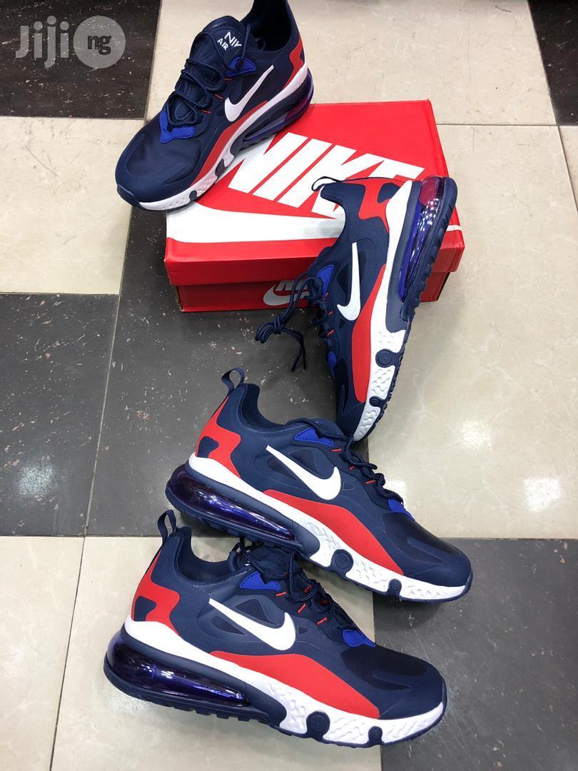 Nike 2018 Air Max Fresh Sneakers in Ojo