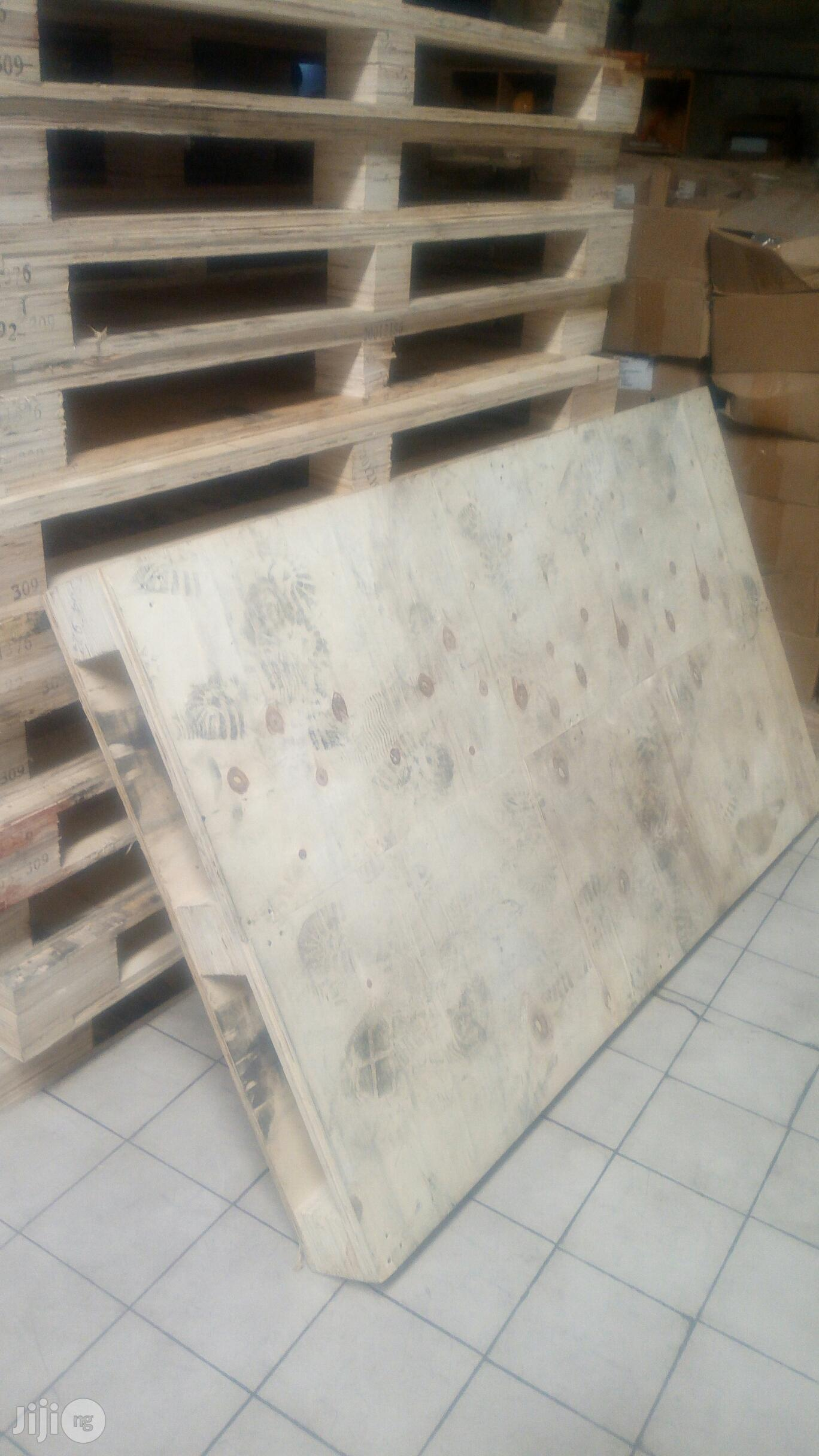 Imported Wooden Pallet | Store Equipment for sale in Alimosho, Lagos State, Nigeria