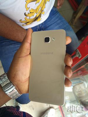 Samsung Galaxy A9 Pro 32 GB Gold   Mobile Phones for sale in Lagos State, Ikeja