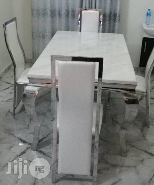 Best Quality Four Seater Marble Dining Table Set Brand New