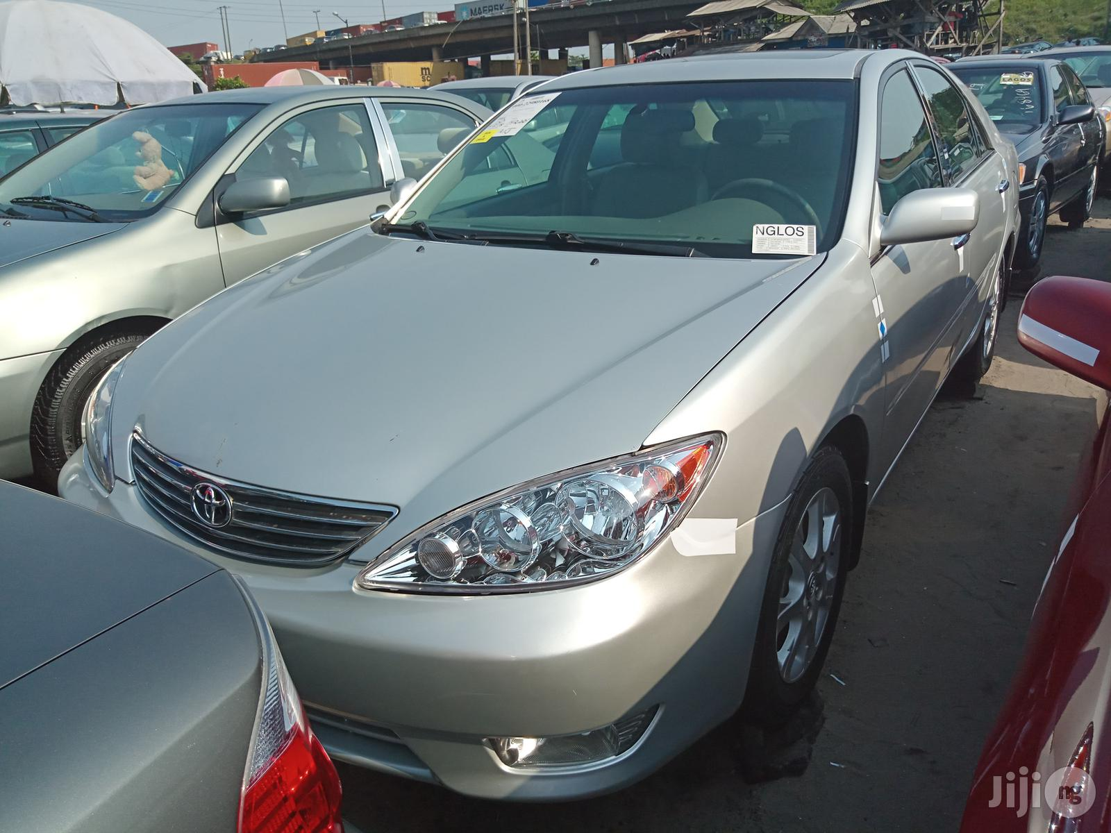 Toyota Camry 2005 Silver