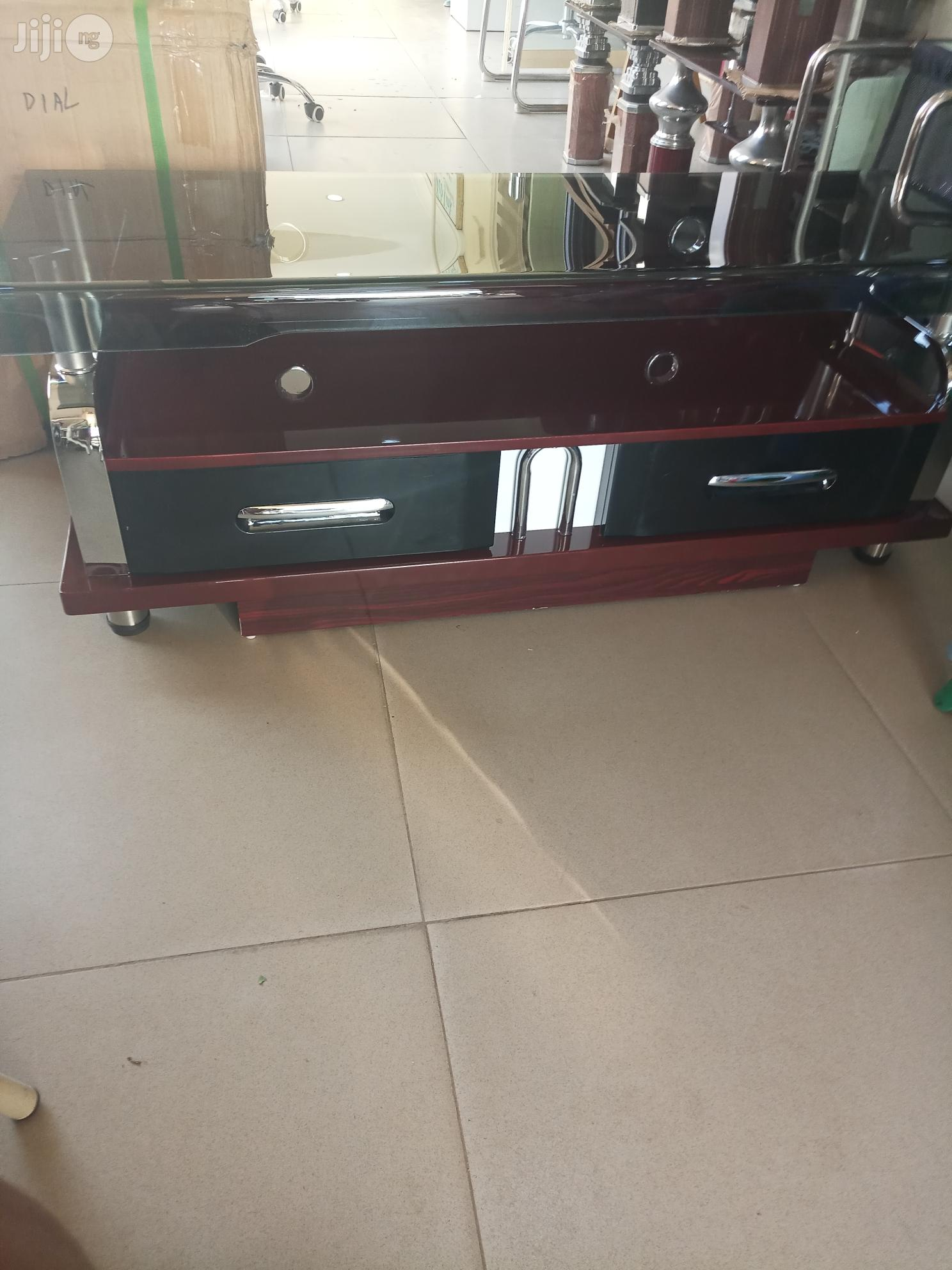 Tv Stand.   Furniture for sale in Wuse, Abuja (FCT) State, Nigeria