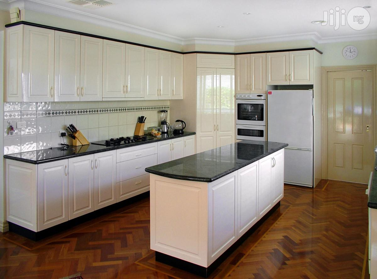 Archive: Beautiful Kitchen Cabinet Finish With Marble Top Island