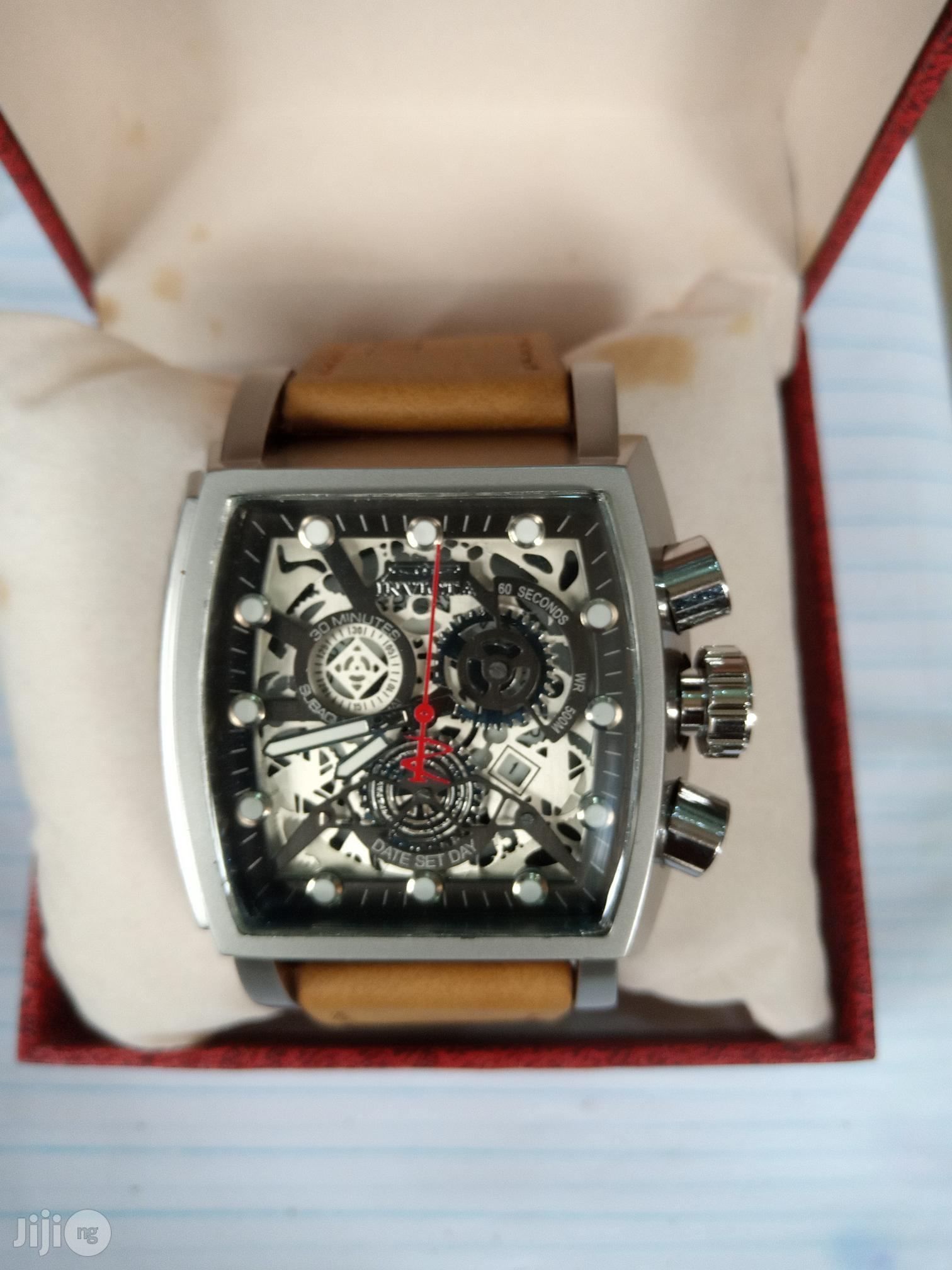 Invicta Men's Brown Leather Wristwatch
