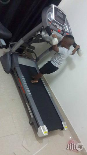 Junia 2.5hp Treadmill With Massage, Twister and Incline | Massagers for sale in Lagos State, Surulere