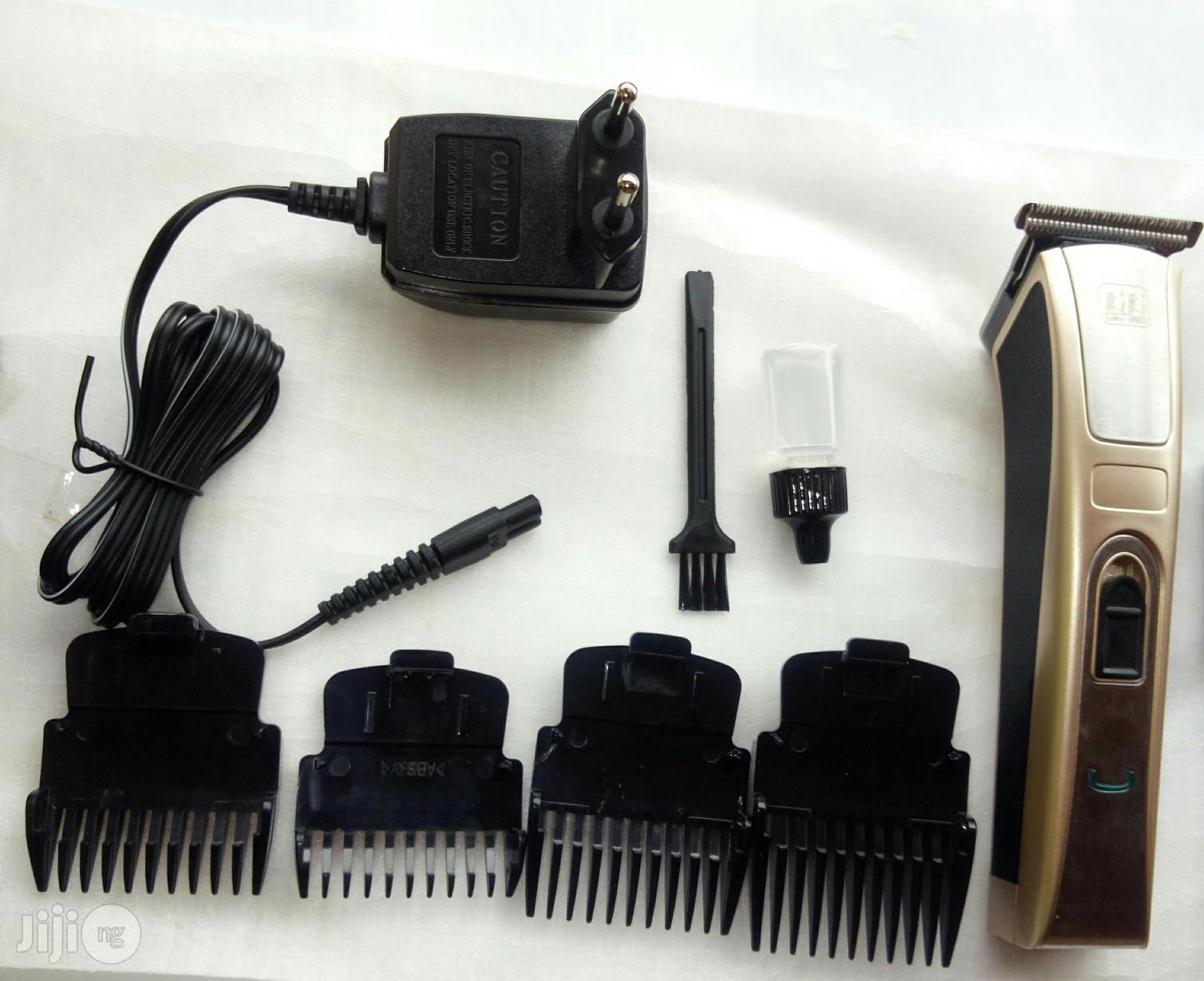 Brand New Rechargeable Hair Clipper | Tools & Accessories for sale in Alimosho, Lagos State, Nigeria