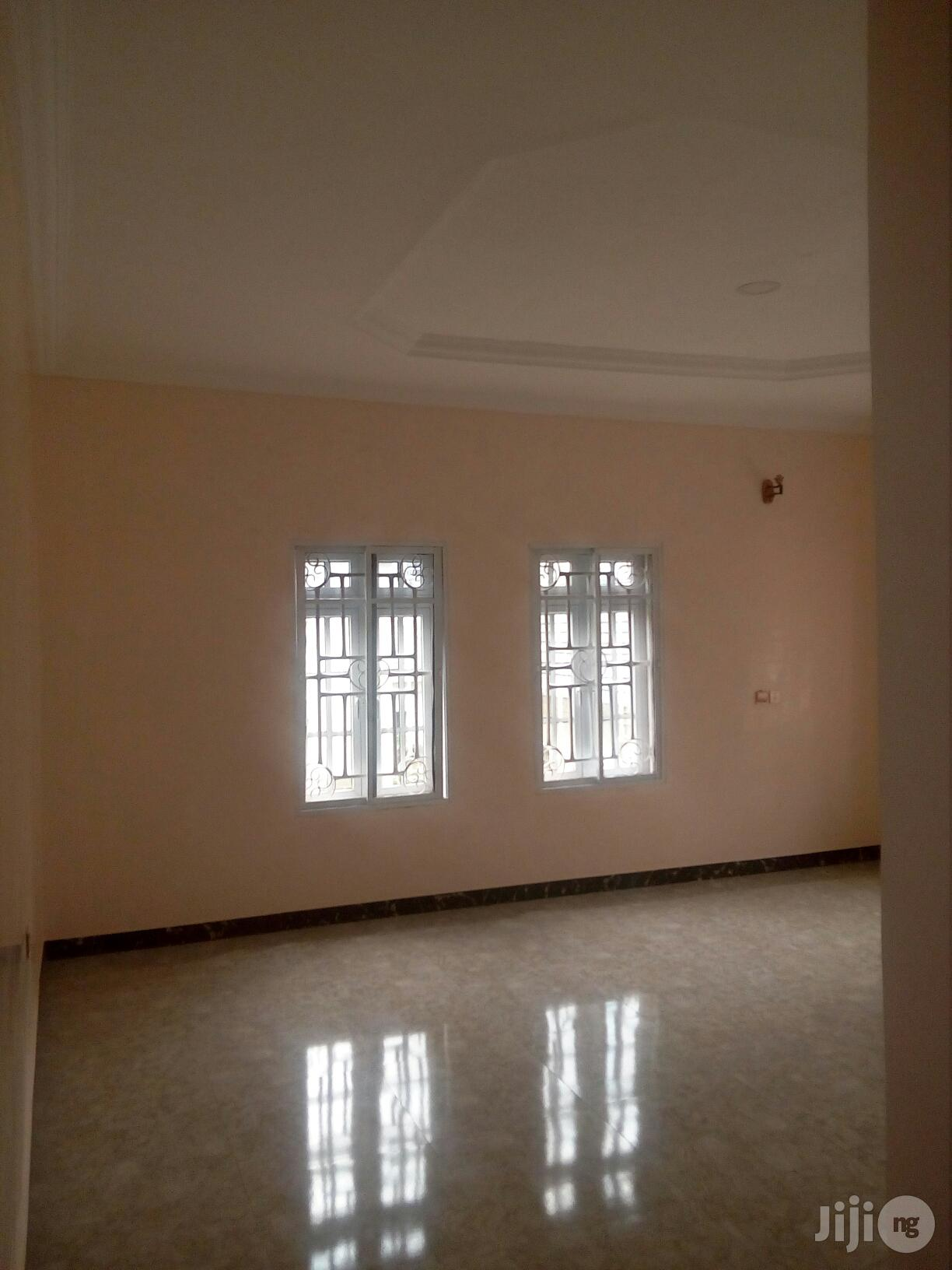 Fully Detached 5bedrooms Duplex With 2rooms BQ For Quick Sale | Houses & Apartments For Sale for sale in Gwarinpa, Abuja (FCT) State, Nigeria