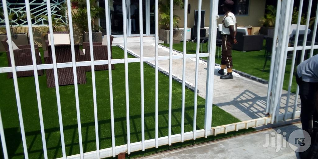 Rent Artificial Grass For Your Wedding