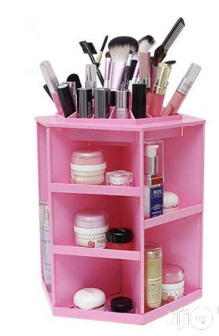360 Rotating Cosmetics Storage Box