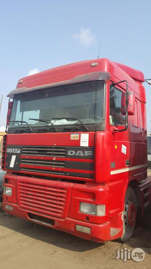 Tokunbo Daf 95XF Six Tyres Trailer Head Truck | Trucks & Trailers for sale in Lagos State, Apapa
