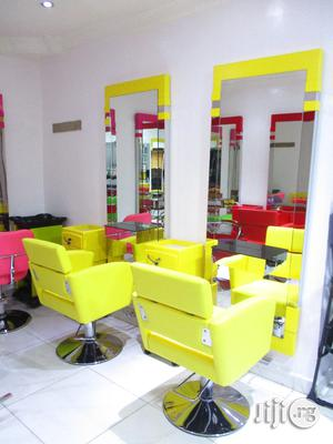 Salon Chair And Mirrio   Salon Equipment for sale in Lagos State, Surulere