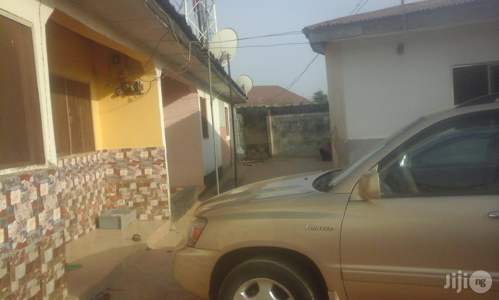 Cheap Sale! A 2 Bedroom Semi-Detach Govt Flat in Kubwa | Houses & Apartments For Sale for sale in Kubwa, Abuja (FCT) State, Nigeria