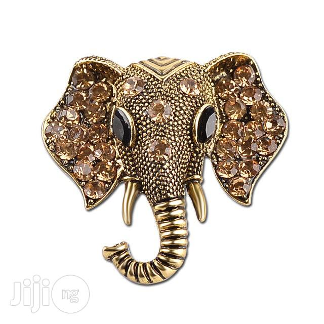 Elephant Design Brooch Lapel Pin